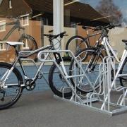 Fahrradständer Modell 4600 mit eingestellten Fahrrändern
