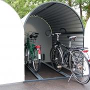 Offene Bikebox 3 mit zwei Fahrrädern